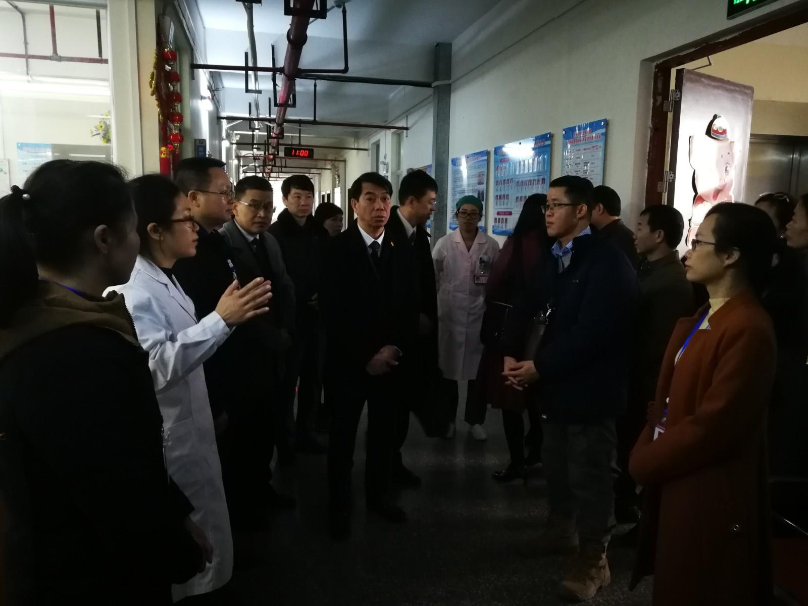 越南谅山省代表团在凭祥市妇幼保健院妇产科参观交流.jpg